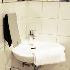 Отель Ibsens Hotel Дания, Копенгаген - отзывы, цены и фото номеров - забронировать отель Ibsens Hotel онлайн ванная фото 2