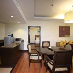Crown Regency Hotel and Towers Cebu 4* Студия Делюкс с различными типами кроватей фото 3