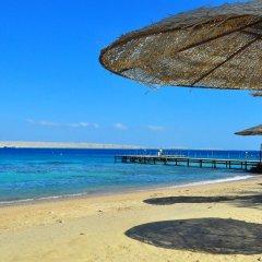 Отель Alia Beach Resort пляж