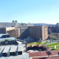 Апартаменты Rent in Yerevan - Apartments on Sakharov Square Улучшенные апартаменты разные типы кроватей фото 12