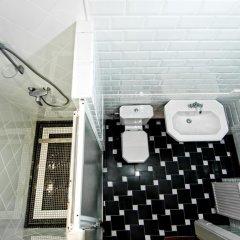 Гостиница Британский Клуб во Львове 4* Апартаменты с 2 отдельными кроватями фото 3