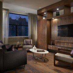 Отель The Glasshouse, Autograph Collection 5* Люкс с различными типами кроватей фото 2