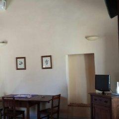 Отель Agriturismo Fattoria Di Gragnone 3* Стандартный номер фото 5