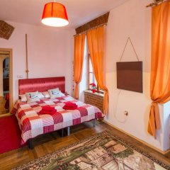 Гостиница Historical Center of Lviv комната для гостей фото 5