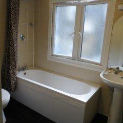 Отель Corbigoe Hotel Великобритания, Лондон - 1 отзыв об отеле, цены и фото номеров - забронировать отель Corbigoe Hotel онлайн ванная