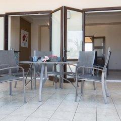 Отель Akefalou Sea View Villa Кипр, Протарас - отзывы, цены и фото номеров - забронировать отель Akefalou Sea View Villa онлайн балкон