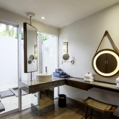 Отель Centara Grand Island Resort & Spa Maldives All Inclusive 5* Люкс с различными типами кроватей