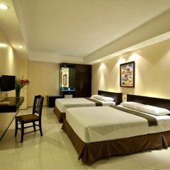 Отель M Citi Suites 3* Стандартный семейный номер с различными типами кроватей фото 2