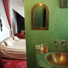 Отель Riad Al Warda ванная