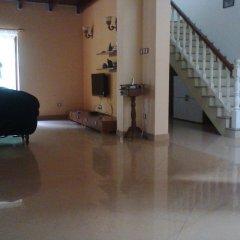 Отель Saaketha House Шри-Ланка, Пляж Golden Mile - отзывы, цены и фото номеров - забронировать отель Saaketha House онлайн интерьер отеля фото 2