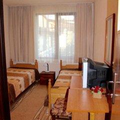 Отель Nina 1 Rooms Банско комната для гостей фото 4
