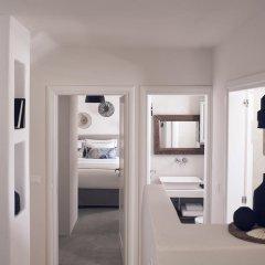 Отель Santo Maris Oia, Luxury Suites & Spa 5* Вилла Делюкс с различными типами кроватей фото 11