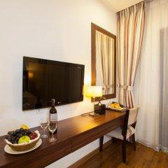 Authentic Hanoi Boutique Hotel 4* Номер Делюкс с двуспальной кроватью фото 10