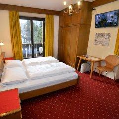 Отель Pension Garni Transit Випитено комната для гостей фото 3