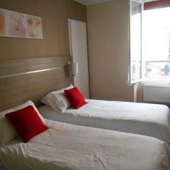 Отель De Paris Montmartre Париж комната для гостей фото 2