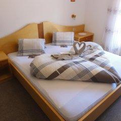 Отель Garni Schneeburghof Тироло комната для гостей фото 2