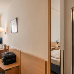 Отель Am Moosfeld Германия, Мюнхен - 3 отзыва об отеле, цены и фото номеров - забронировать отель Am Moosfeld онлайн комната для гостей фото 4