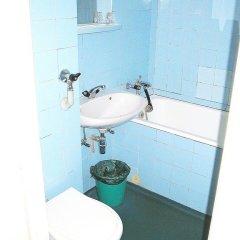 Гостиница Интурист–Закарпатье 3* Кровать в мужском общем номере с двухъярусной кроватью фото 4
