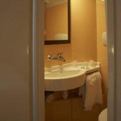 Отель Première Classe Lille Centre Стандартный номер с различными типами кроватей фото 5