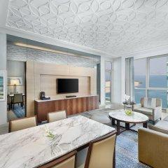 Отель DoubleTree by Hilton Dubai Jumeirah Beach 4* Семейный люкс с двуспальной кроватью фото 2