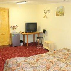 Гостиница Inn RoomComfort Номер Эконом разные типы кроватей (общая ванная комната) фото 4