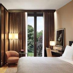 Bulgari Hotel Milan 5* Улучшенный номер с различными типами кроватей