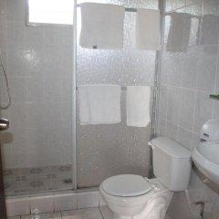 Отель Rainbow Village Гондурас, Луизиана Ceiba - отзывы, цены и фото номеров - забронировать отель Rainbow Village онлайн ванная