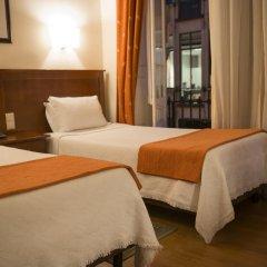 Отель Aliados 3* Стандартный номер с двуспальной кроватью фото 35