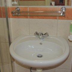 Dolphin Hotel 3* Номер категории Эконом с различными типами кроватей фото 5