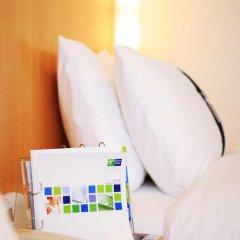 Отель Holiday Inn Express Shenzhen Luohu 3* Стандартный номер с различными типами кроватей фото 5