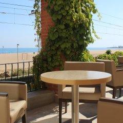 Отель Rocatel Испания, Канет-де-Мар - отзывы, цены и фото номеров - забронировать отель Rocatel онлайн гостиничный бар
