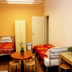 Budapest Budget Hostel Стандартный номер с различными типами кроватей (общая ванная комната) фото 20