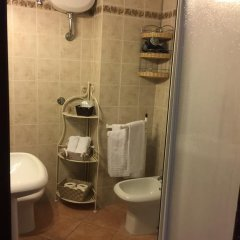 Отель I Fossi Италия, Сан-Джиминьяно - отзывы, цены и фото номеров - забронировать отель I Fossi онлайн ванная фото 2