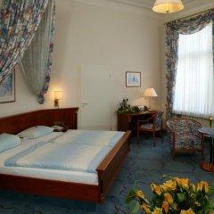 Hotel Deutsches Haus 3* Улучшенный номер с двуспальной кроватью фото 7