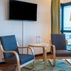 Отель Hilton Helsinki Airport 4* Представительский номер с различными типами кроватей фото 4