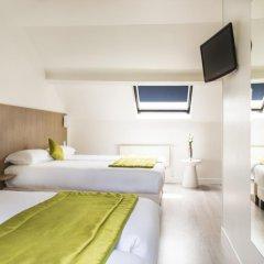 Отель Bel Oranger Gare De Lyon 3* Стандартный семейный номер с двуспальной кроватью фото 3