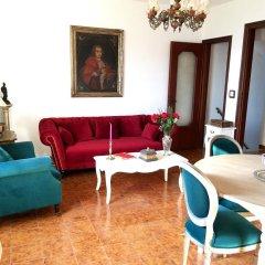 Отель Medieval Cosy Getaway Фонди комната для гостей фото 5