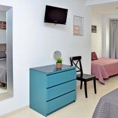 Отель Hostal Campito Испания, Кониль-де-ла-Фронтера - отзывы, цены и фото номеров - забронировать отель Hostal Campito онлайн удобства в номере фото 2