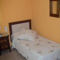 Отель Hostal Restaurante Arasa Стандартный номер с различными типами кроватей фото 2