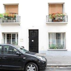 Отель Paranjib Guesthouse Франция, Париж - отзывы, цены и фото номеров - забронировать отель Paranjib Guesthouse онлайн парковка