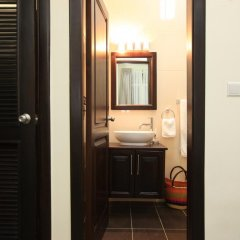 Отель The Highbridge Guest Lodge ванная фото 2