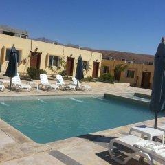 Отель Summer Bay Resort бассейн