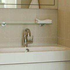Отель Bungalow Old Danube Австрия, Вена - отзывы, цены и фото номеров - забронировать отель Bungalow Old Danube онлайн ванная фото 2