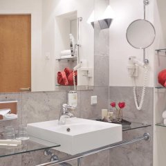 Отель Best Western Premier Airporthotel Fontane Berlin 4* Стандартный номер с различными типами кроватей фото 2