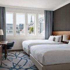 Отель Vienna Marriott Hotel Австрия, Вена - 14 отзывов об отеле, цены и фото номеров - забронировать отель Vienna Marriott Hotel онлайн комната для гостей фото 5