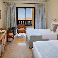 Отель Movenpick Resort & Spa Dead Sea 5* Стандартный номер с различными типами кроватей фото 3