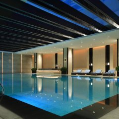 Отель InterContinental Shanghai Hongqiao NECC бассейн
