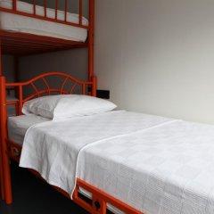 Hush Hostel Moda Кровать в женском общем номере