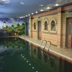 Angel Hotel бассейн