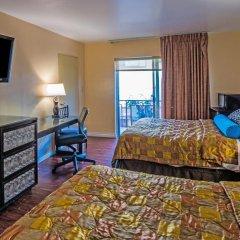 Отель Hollywood Downtowner 3* Номер Делюкс фото 4